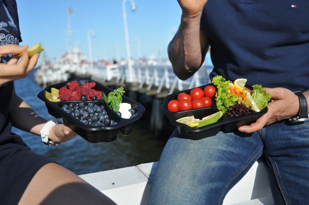 Catering dietetyczny czyli dieta zarówno w pracy jak i w domu